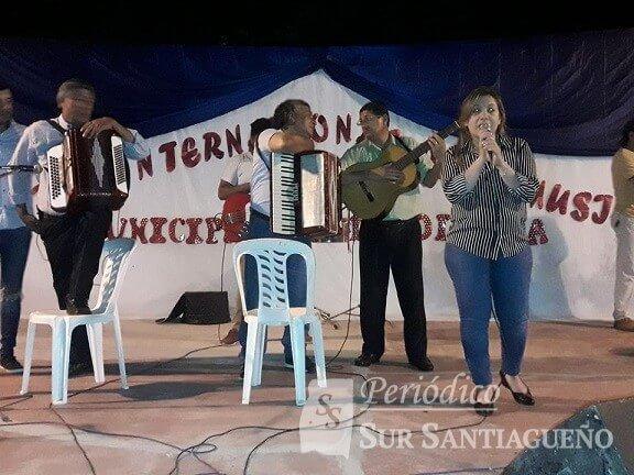 Colonia Dora marcela mansilla escenario
