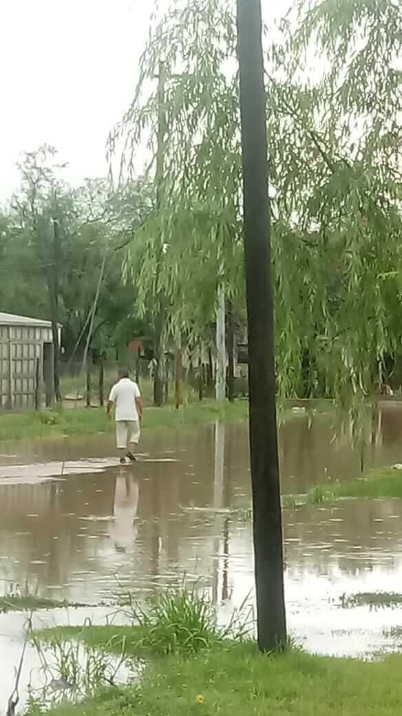 lluvia calle añatuya