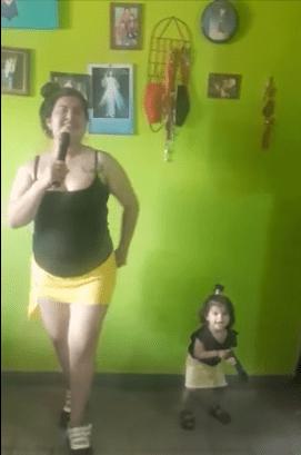 mamas cantando