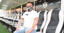 """Gustavo """"Sapo"""" Coleoni fue presentado oficialmente como el nuevo DT. de Central Córdoba, donde estará acompañado por el mismo cuerpo técnico de antes, al cual se le sumaran dos personas más para la edición de video locales y el análisis y de los rivales."""
