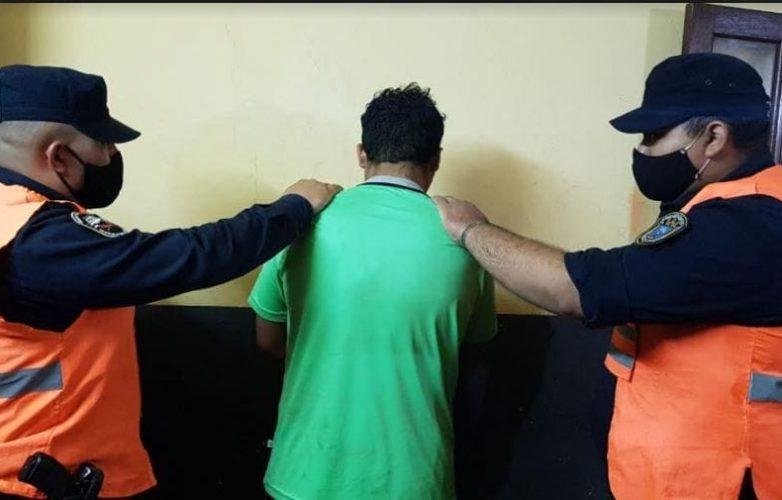 detenido por la policia
